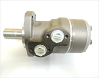 油圧モーター(ザウアーダンフォス製他)~ダンフォス・SAM・EATON・三星などの取扱いがございます。